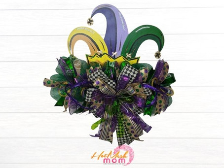 How to Create a Mardi Gras Hat Wreath Rail
