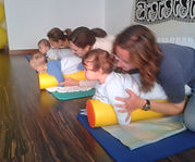 Yoga Postparto con tú bebé en Majadahonda. Yoga bebés Madrid