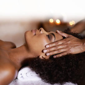 How to give your partner a soothing and sensual massage