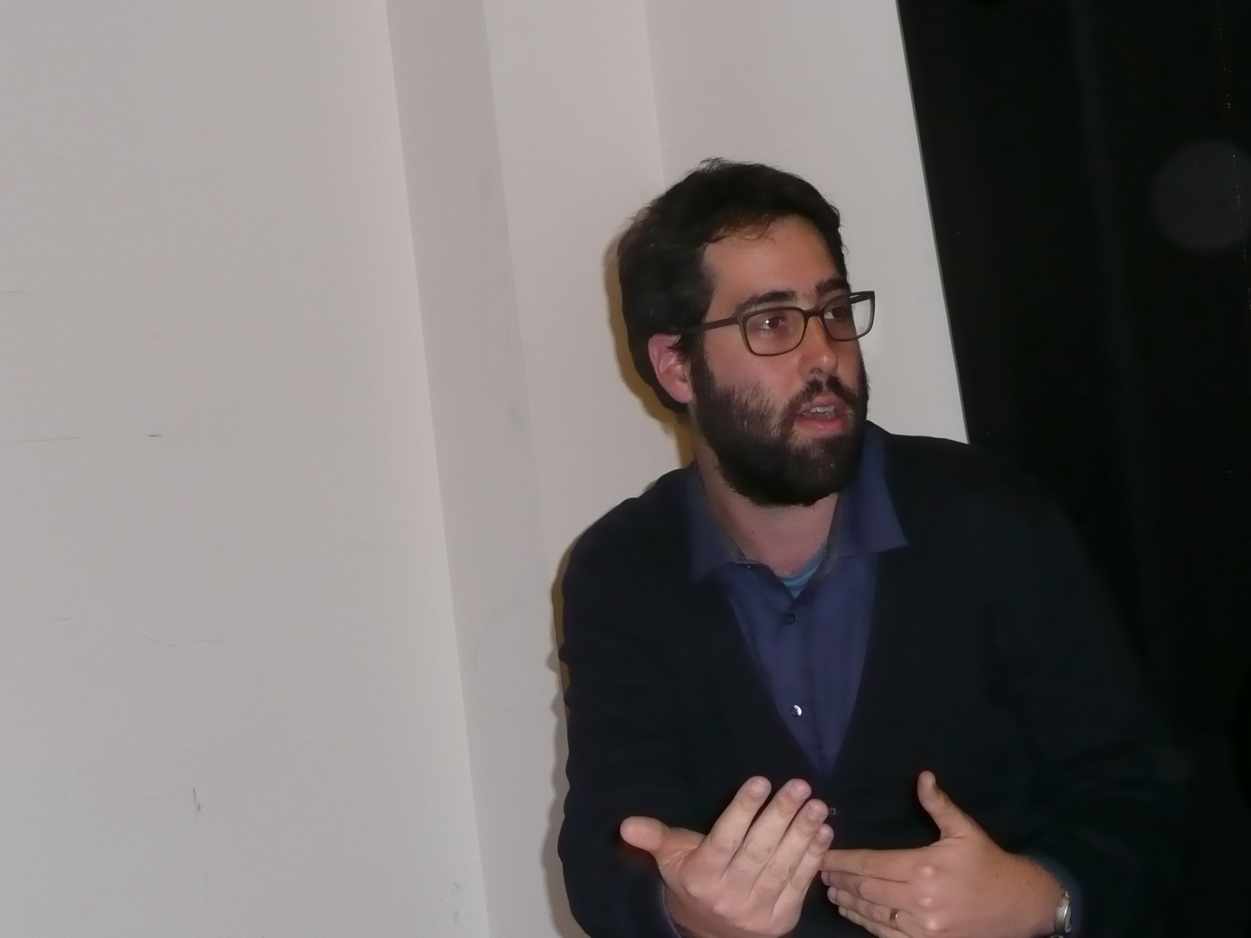 In Paris / Gilad Halpern, refuznik.