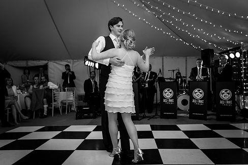 Wedding Bands Kent, Wedding musicians