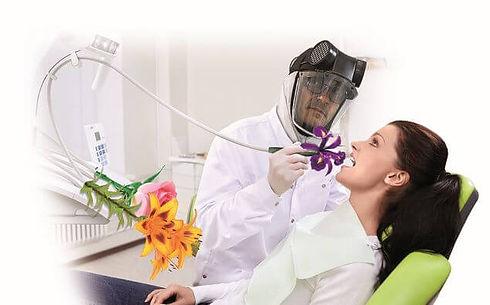 gli odontoiatri implantologi.jpg