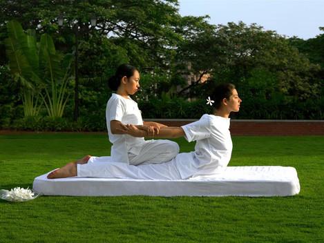 Darujte thajskou masáž