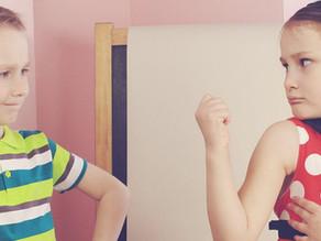Comment se comporter face à la rivalité frère/sœur