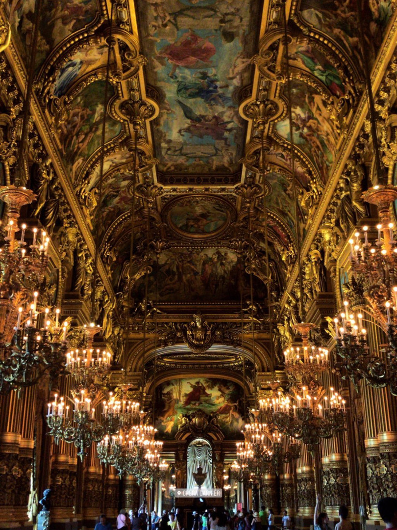 God is in details, Opéra Garnier_