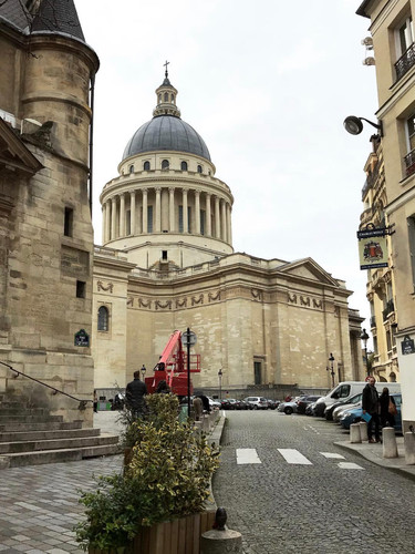 Panthéon from a different angle.