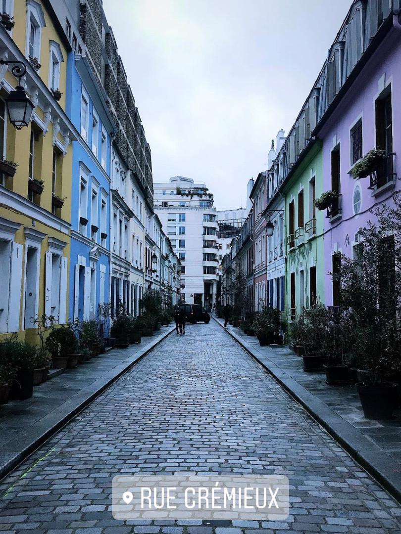 A bit of colour in Paris.