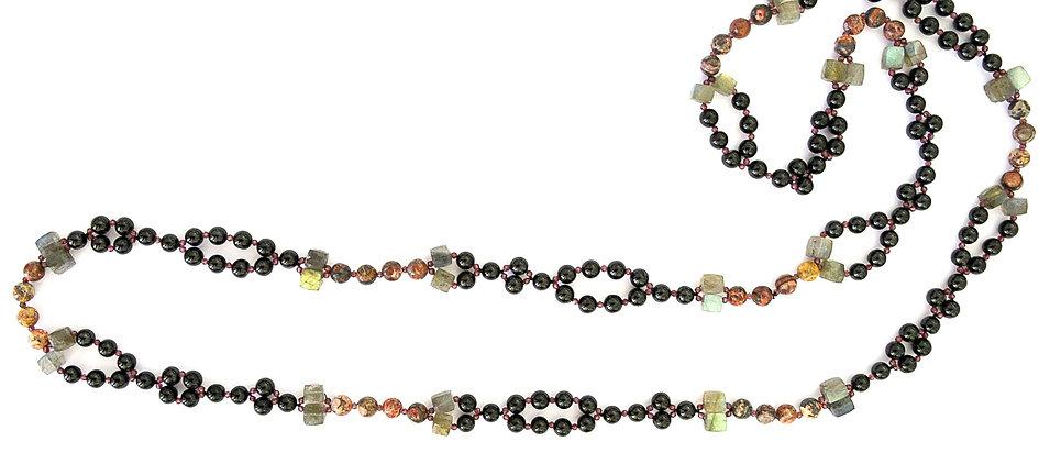 Tantric necklace P&T nam.jpg