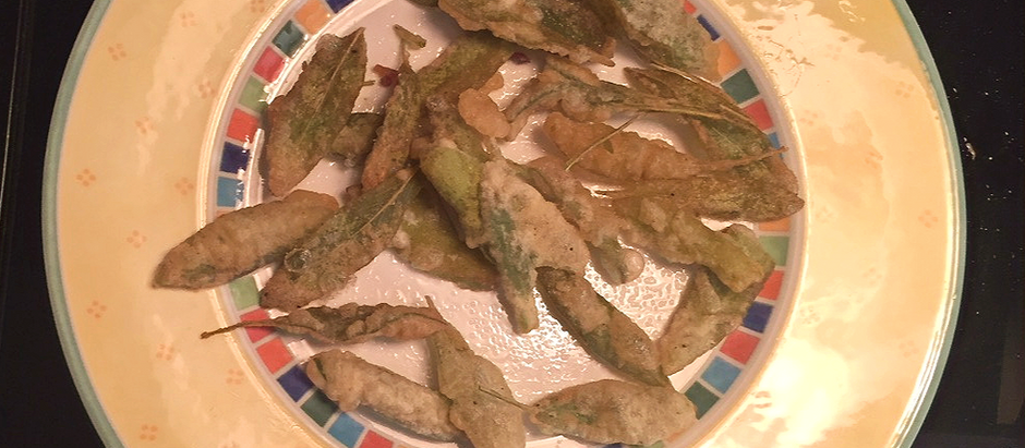 Beer Batter Fried Sage Leaves – Umbria-Style