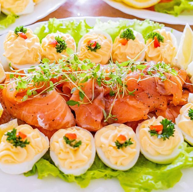 Lõhe ja täidetud munad