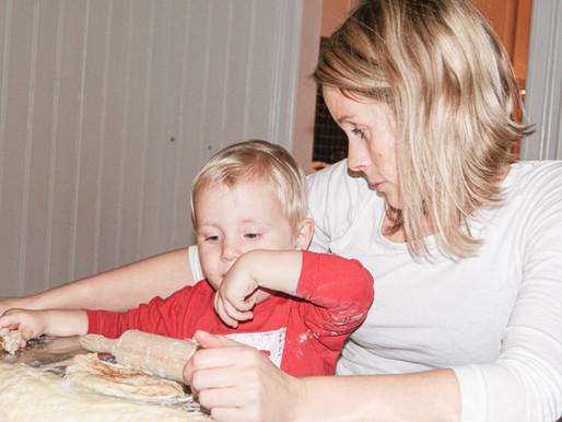 Hvordan snakker du med barnet ditt om vanskelige ting?