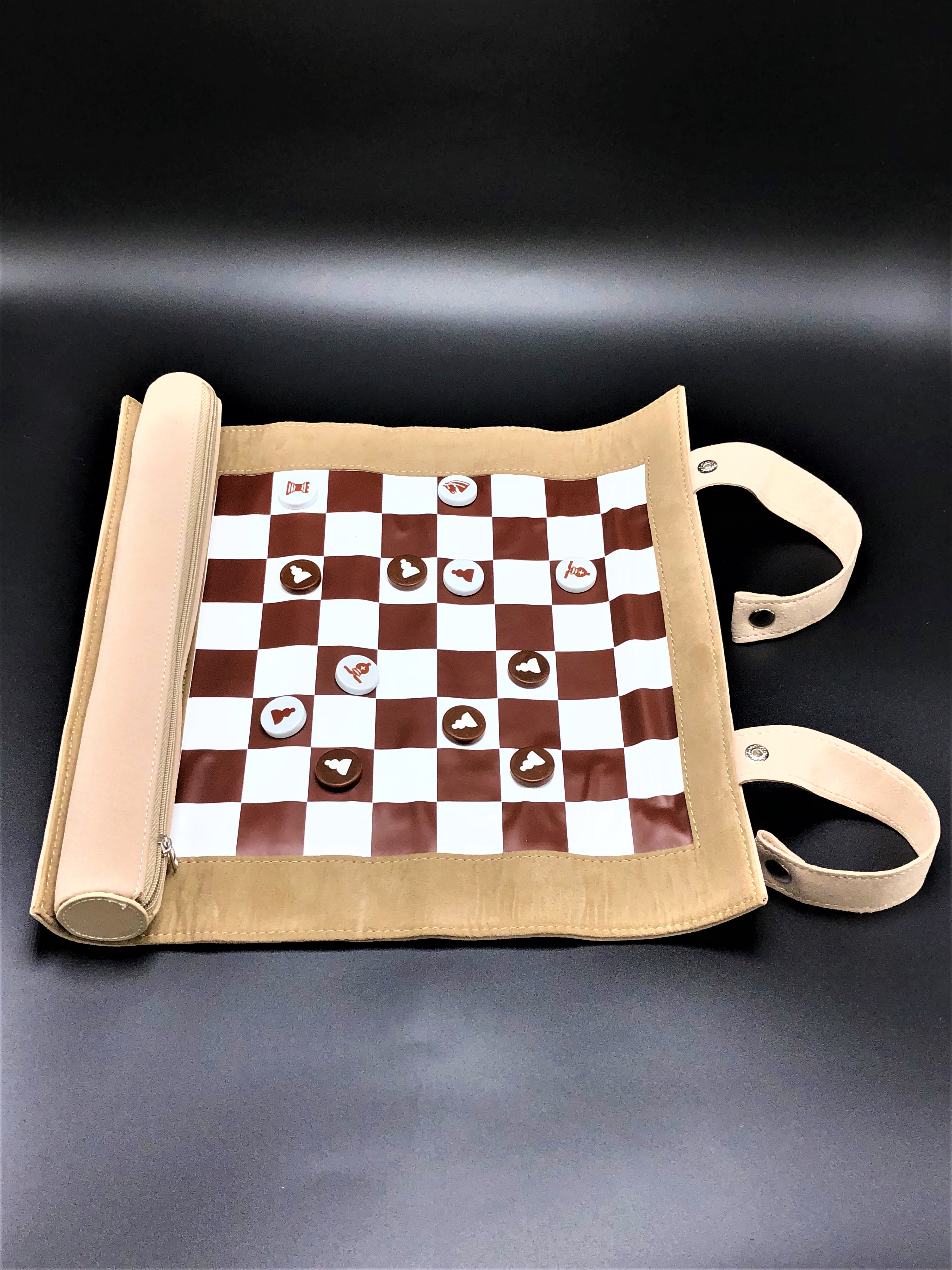 Chess-Roll Up (WFC)