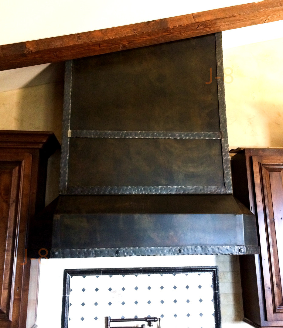 Hammered Trim Stove Hood