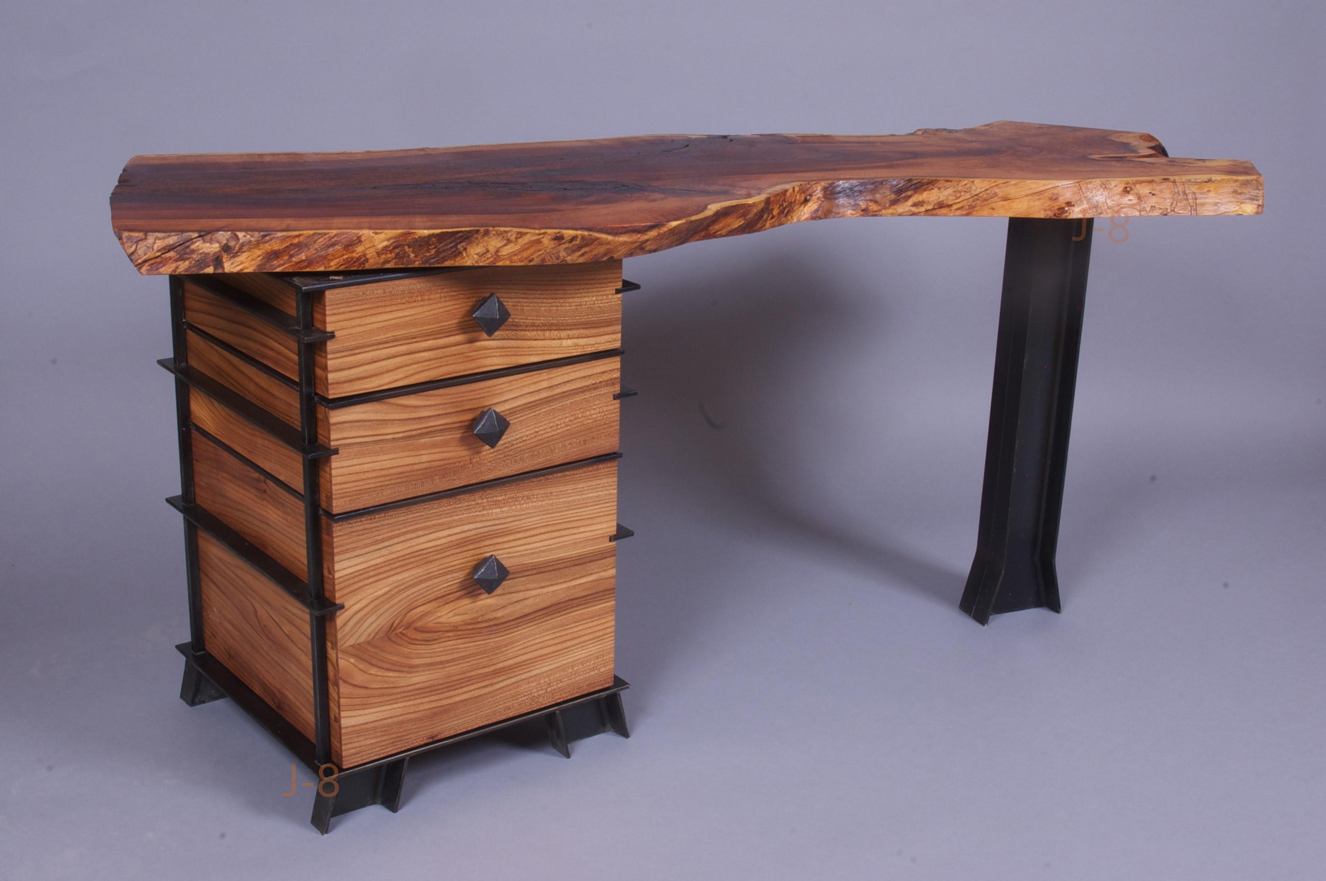Desk with Steel Legs & Base WM