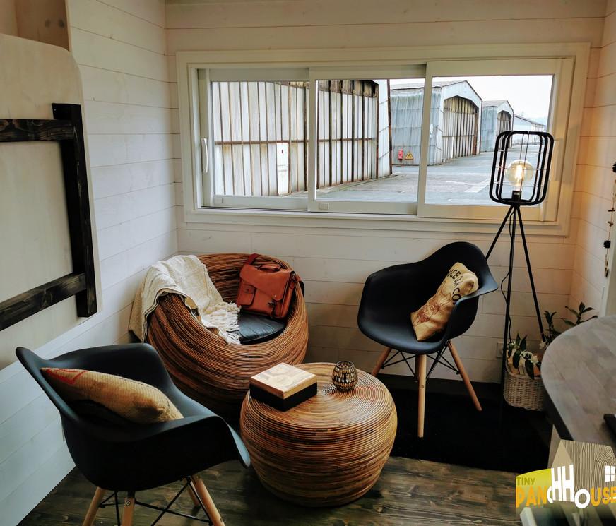 salon the coach house
