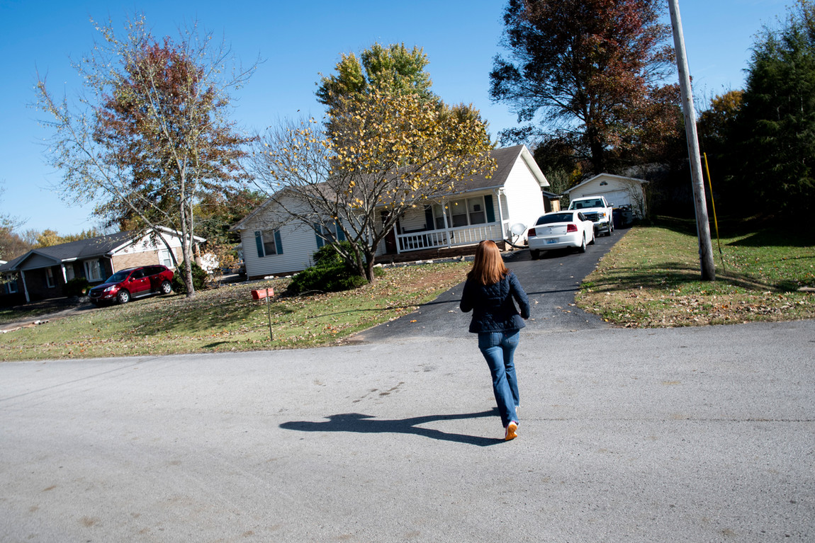 Jeanie Smith, Democratic Candidate for the 32nd State Senate DIstrict,  went door to door during the last days of her campaign.