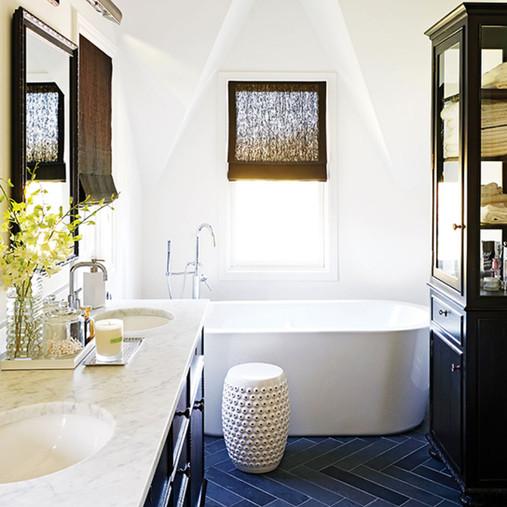 tub bathroom