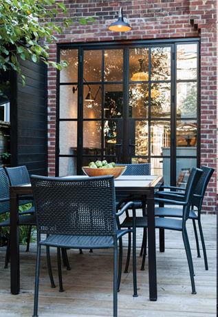 patio exterior dining