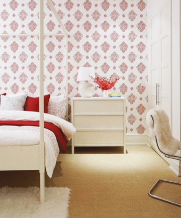 girl's bedroom wallpaper