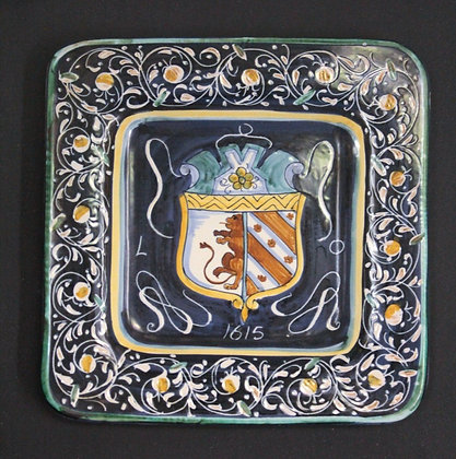 Prato Decorativo Italiano com Brasão ref 394