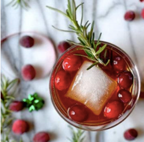 Christmas Mocktails: Non-Alcoholic Drinks for Your Next Holiday Party