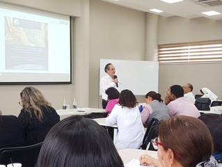Conferencias: Aprender para Desaprender y Necesitamos Maestros De Calidad.