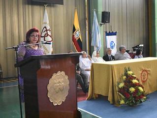 Agradecimiento de los agasajados por la Dpl. Estela Mosquera Morales, Rectora de la Unidad Educativa