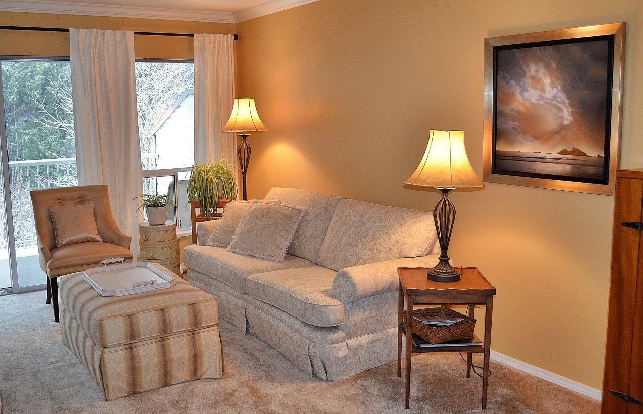 Tufford Livingroom Angle