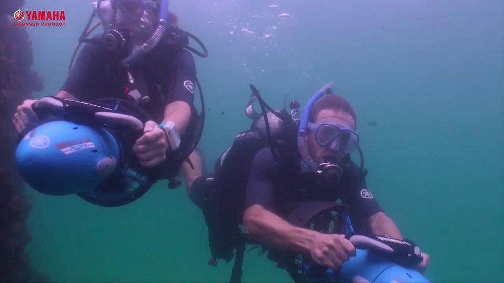 Underwater scooter rental