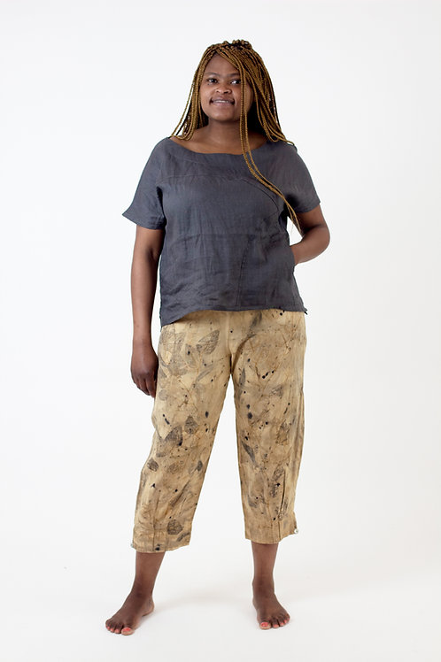 Ankle Pleat linen pants with soft knit top and back pockets