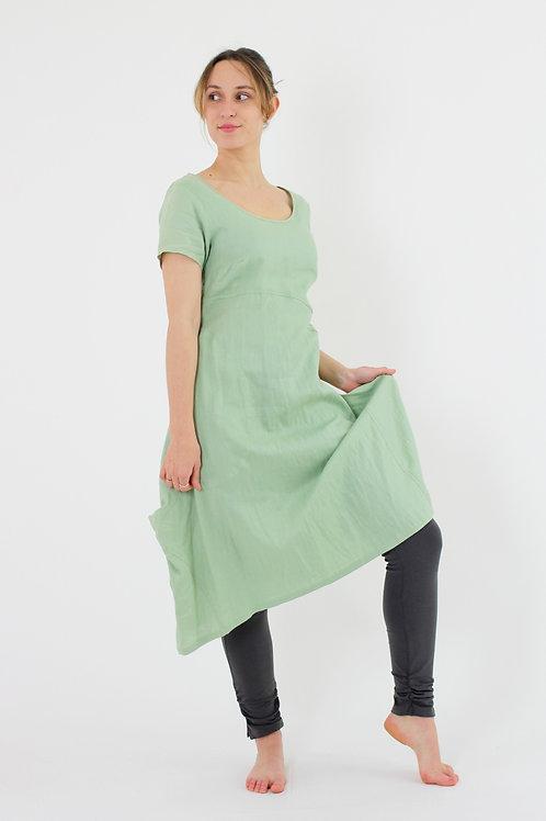 Tango: short sleeve scoop linen dress