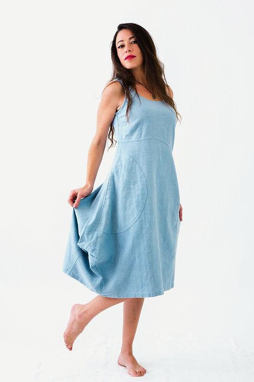 Prairie: Sleeveless textured scoop linen dress