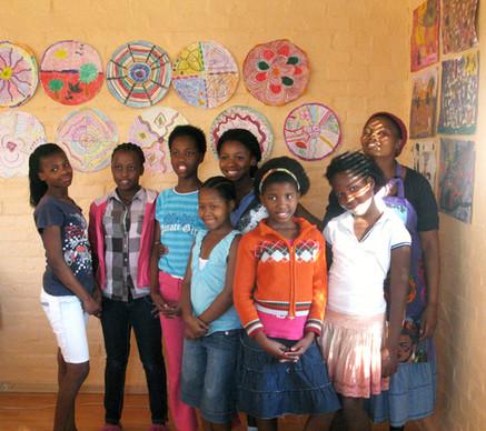 mfuleni teenage girls with lulama.JPG