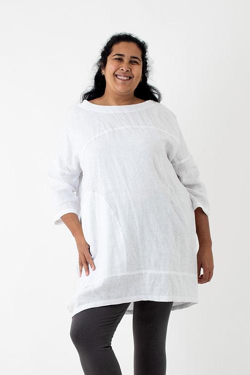 Savanah: Loose oversized linen top with slanted hemline and deep curved pocket
