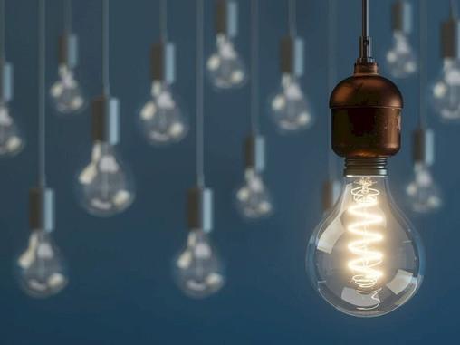 Attacco Lamphone: basta una lampadina accesa per spiare le conversazioni.