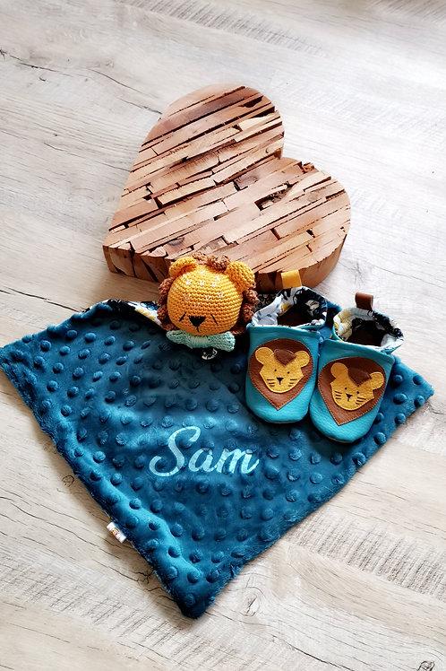Ensemble chaussons et doudou Lion