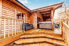 3 bed lodge verandaIMG-20210324-WA0012.jpg