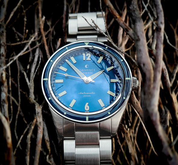Atoll blue dial with silver hands and markers