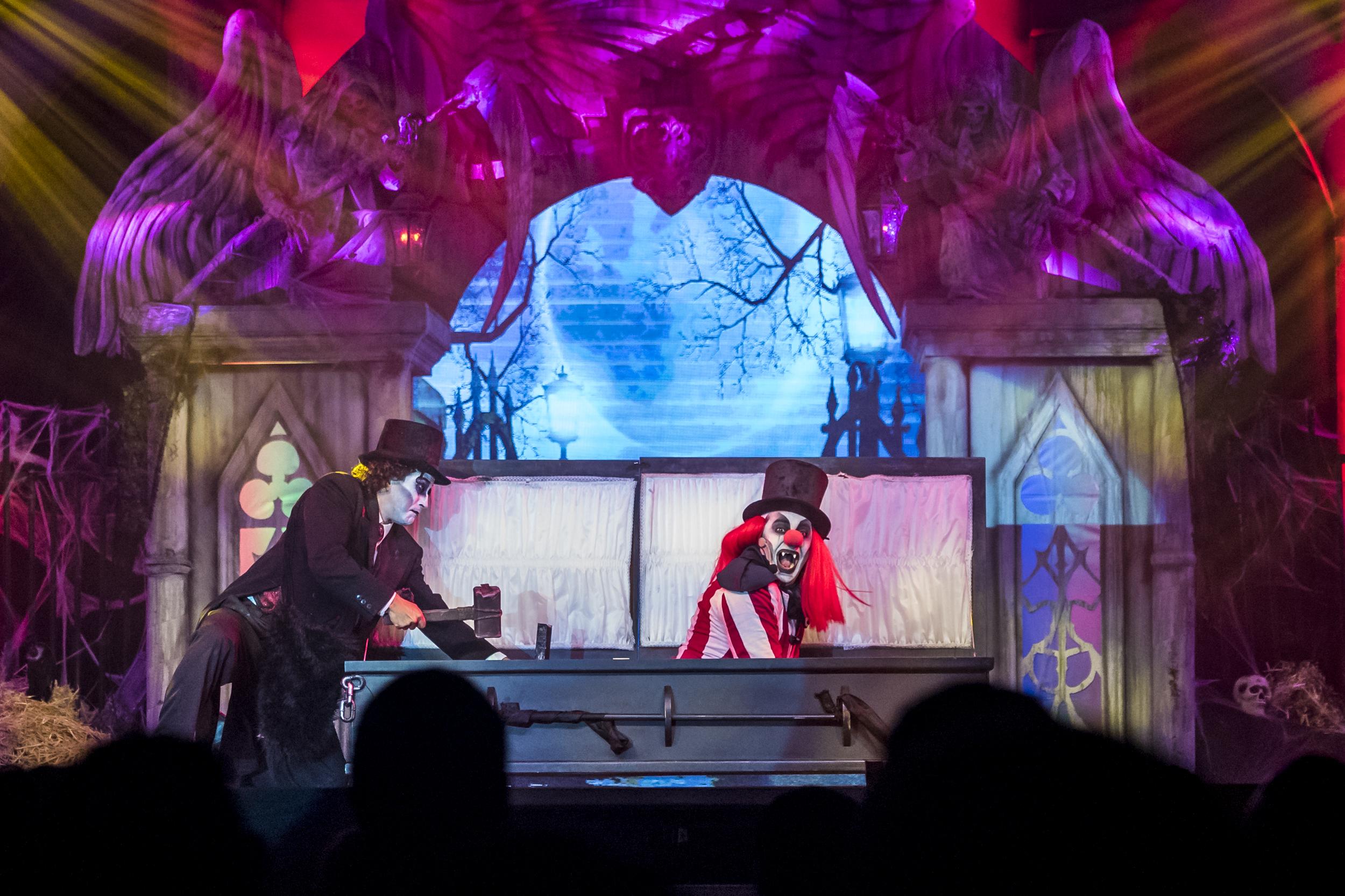 VampireCircusPanama11