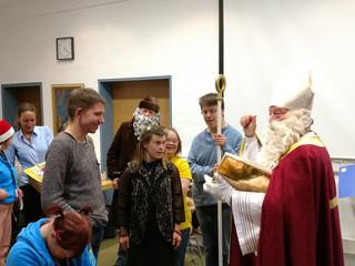 """""""Alle Jahre wieder..."""" Der Nikolaus kommt zur Ortsgruppe der Lebenshilfe Leutkirch"""