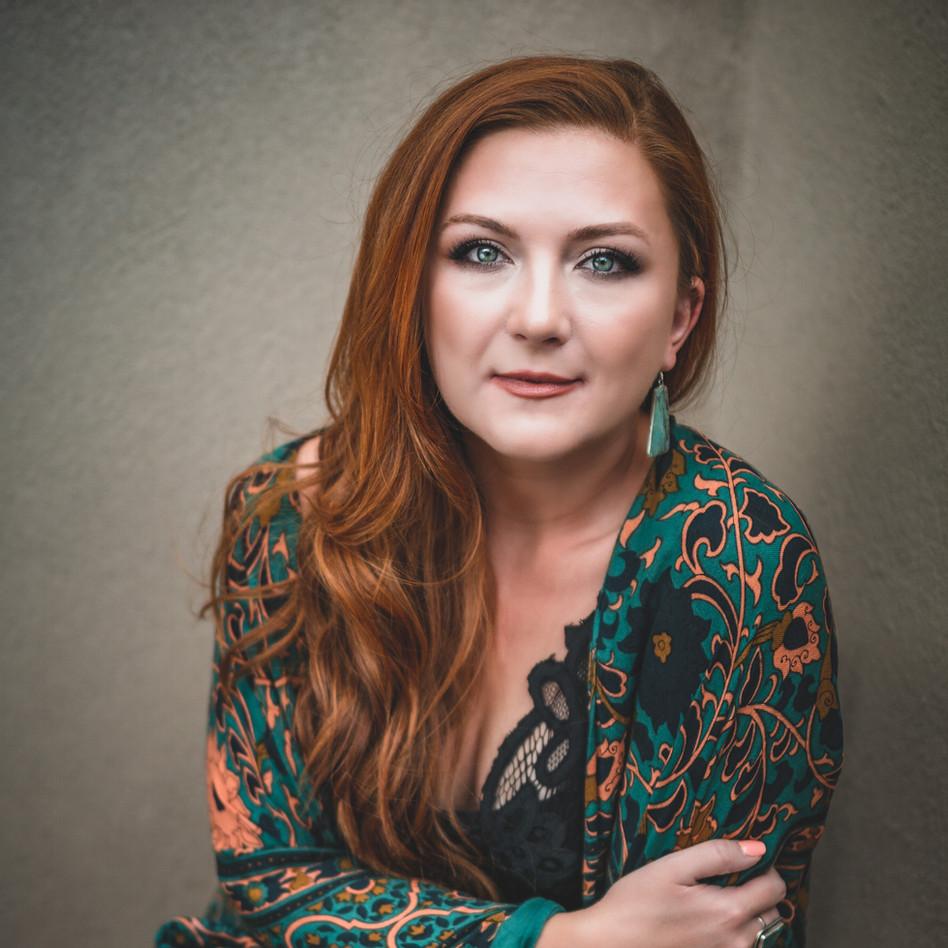 Sarah Tucker