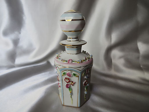 Irice Perfume Bottle with Stopper