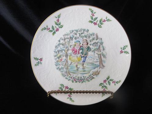 1977 Christmas Royal Doulton Christmas Plate