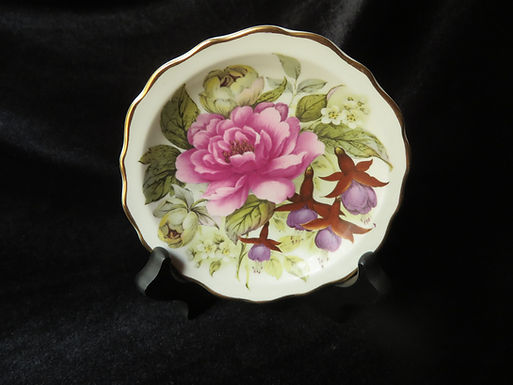 Heritage Regency Bone China Collectible Plate