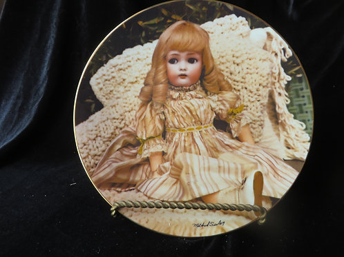 """""""April"""" Collector's Plate"""