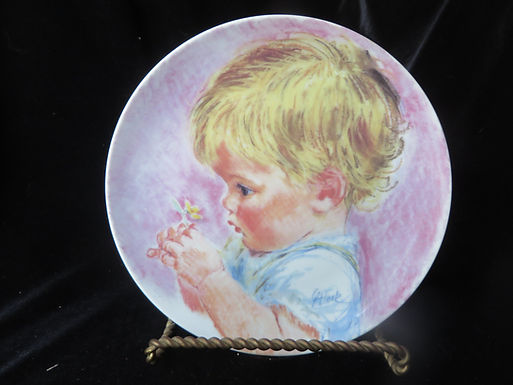 """""""Baby Blossoms"""" Collector's Plate"""