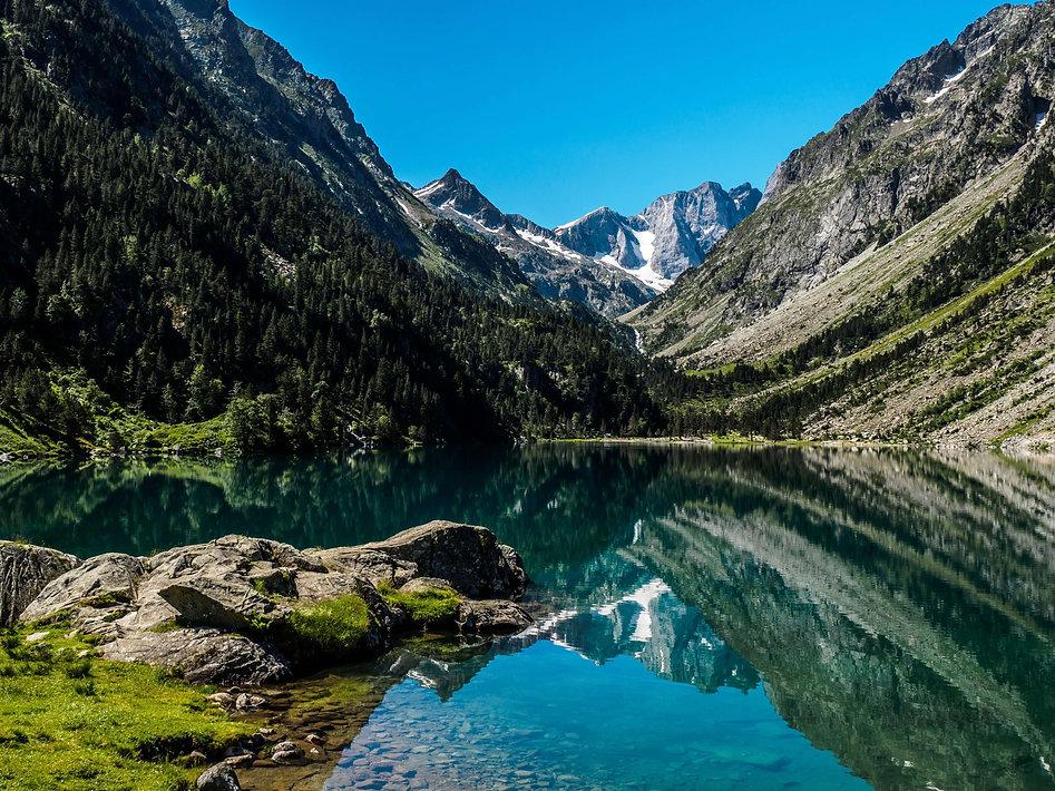 Lac de Gaube-Cauterets-France-Hexatrek-G