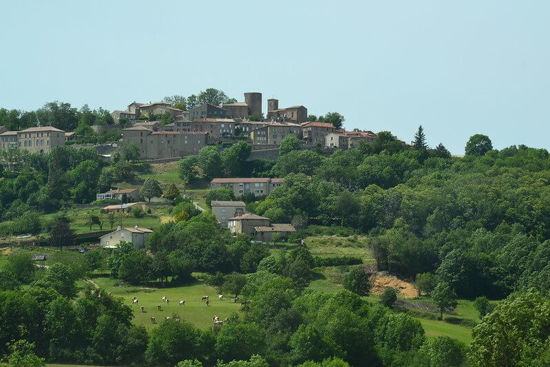 Ardeche-village-hexatrek-Randonnée.jpg