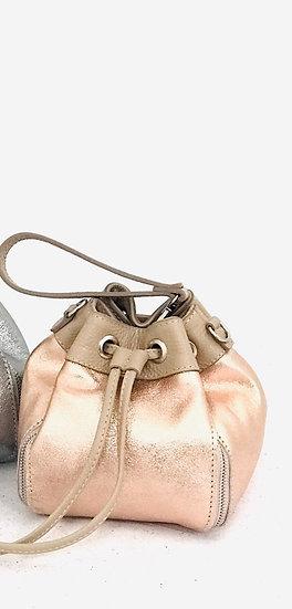 Pequeño bolso de cuero