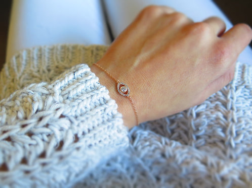 Thin evil eye bracelet